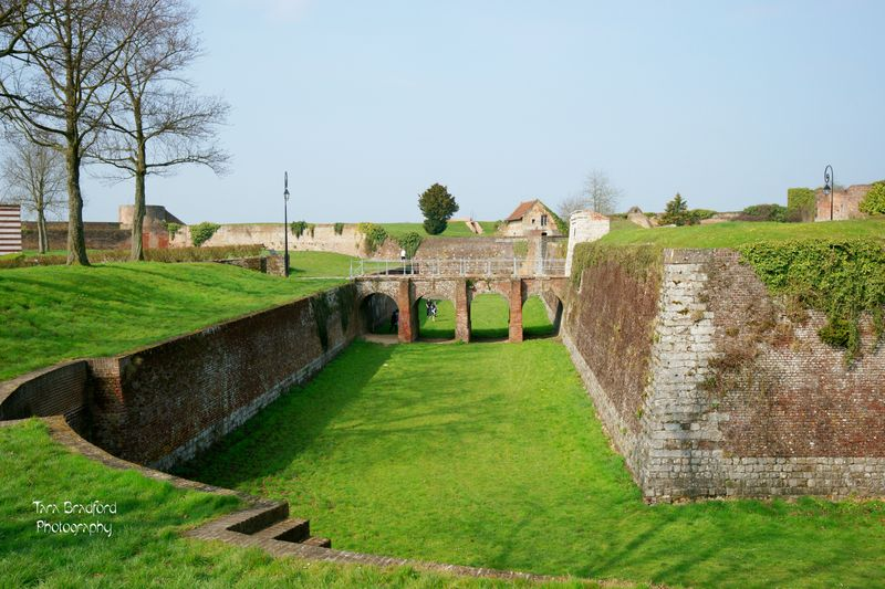 Bridgeandmoat1