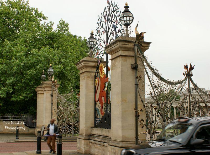 EntranceHydePark