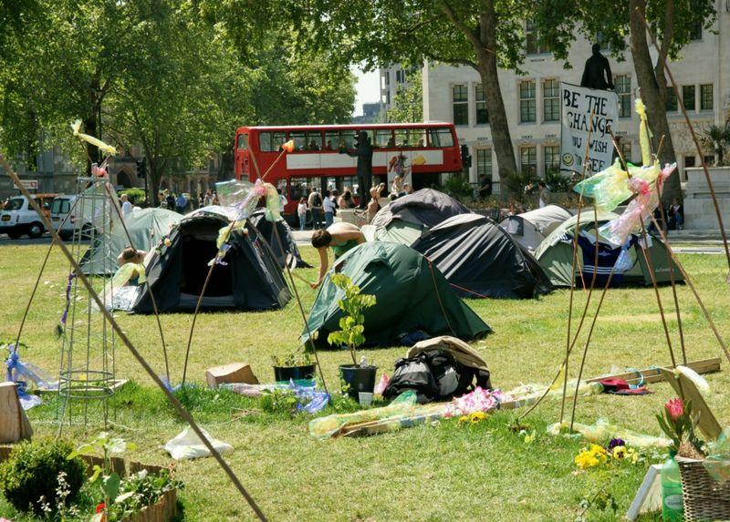 Tents 1024x768