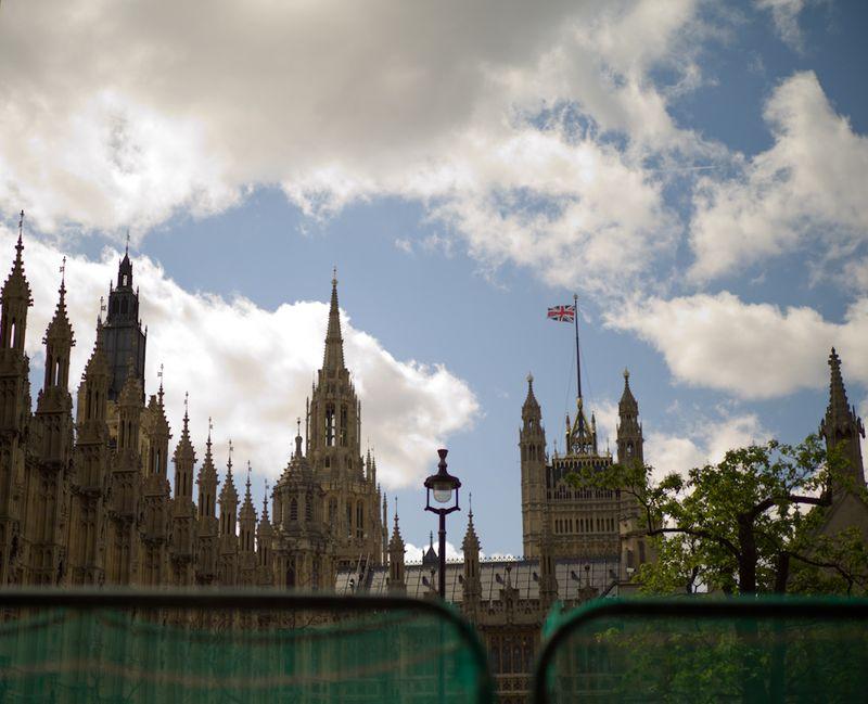 Westminsterthru