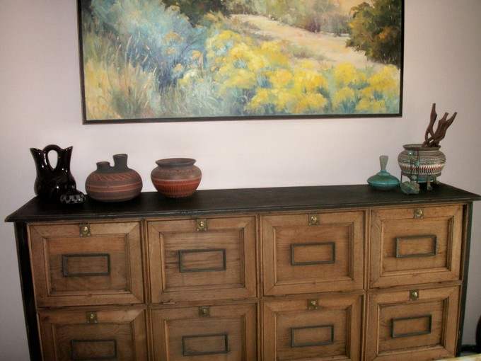 Painting_pottery_and_buffet_cabinet