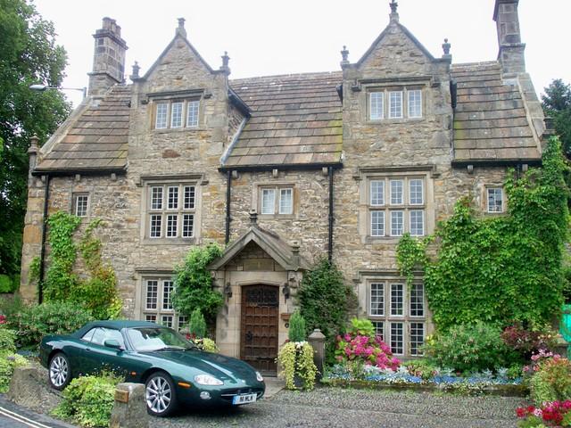 Registro de vivienda Grand_mansion_in_corbridge